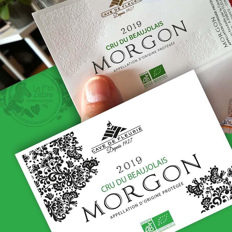 Modèle d'étiquette et étiquette imprimée du vin Morgon de la cave de Fleurie